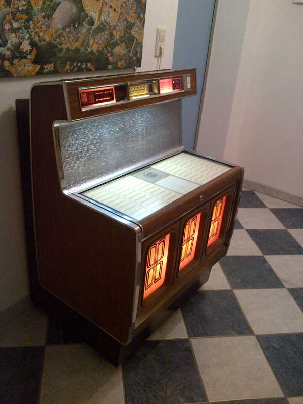 Rowe/AMI RI-2 Jukebox Phonograph
