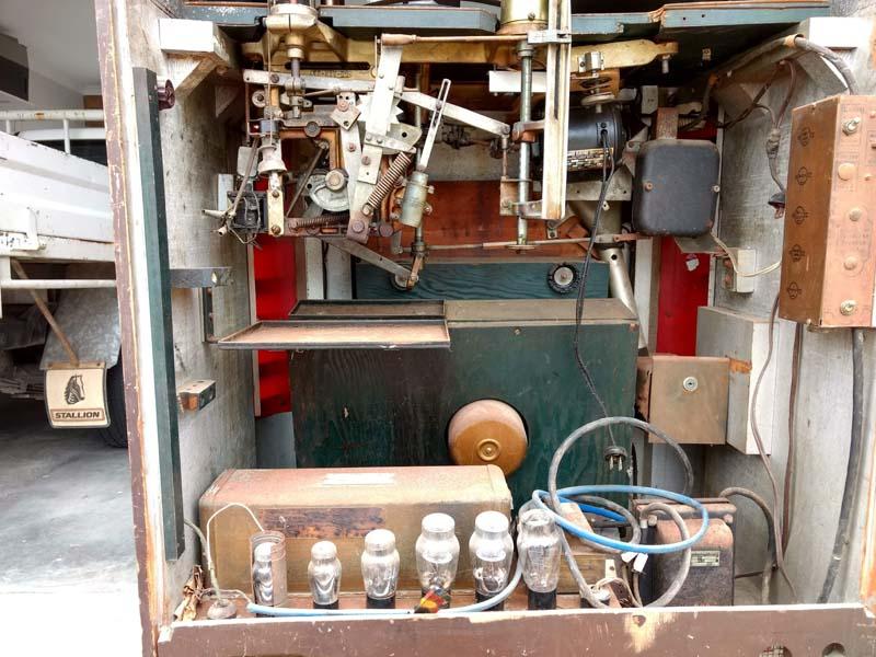 Corcoran Jukebox Wurlitzer 412