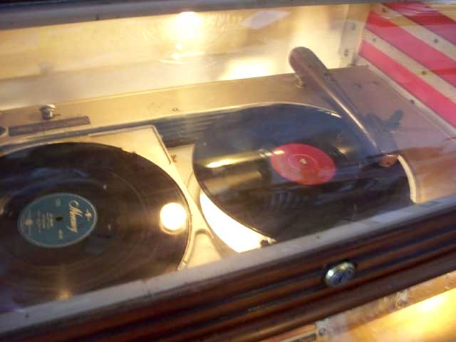 Seeburg Symphonola B Light-Up-Version W&B Novelty