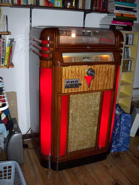 W&B Novelty Jukeboxes Wurlitzer Seeburg Reconditioned