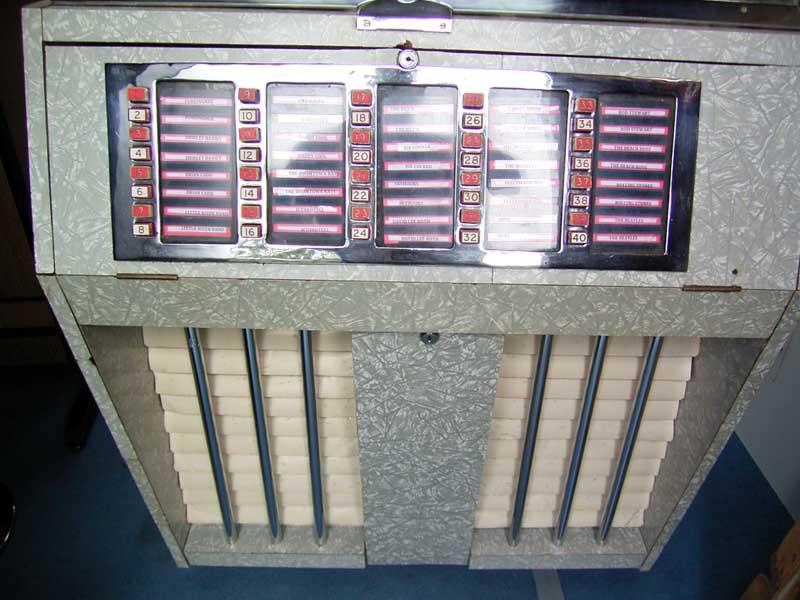 Musicola E40-10 Jensen J40 Musikbox Jukebox Phonograph