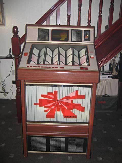 Rainbow Maestro Jukebox