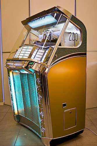 Casa Riojas Wurlitzer 2100 Mexico Jukebox Sinfonola Fonografo