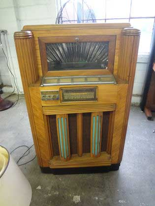 Seeburg Rex Phonograph