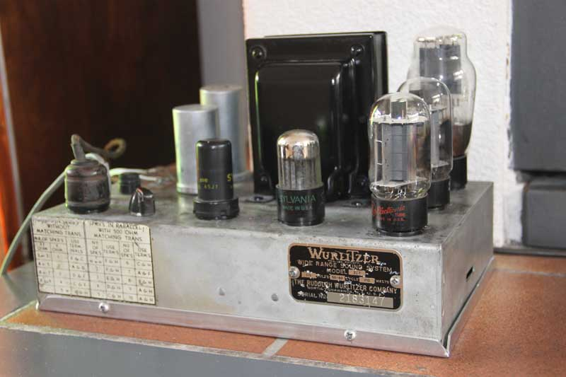 Wurlitzer Auxiliary Amplifier 227