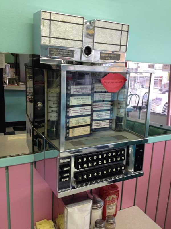 Wurlitzer 3317 Jukebox Musikbox Hideaway Wurlitzer