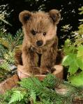 """Braunbär """"Holly"""", sitzend"""