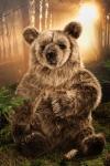 "Brown Bear ""Valentina"", sitting"