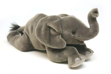 """Elefantenbaby """"Kira"""", liegend"""