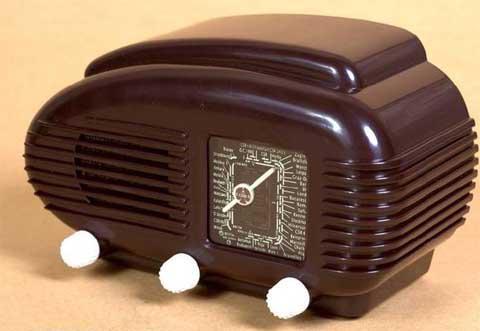 "Miniature radio Tesla ""Talisman"" 308U"